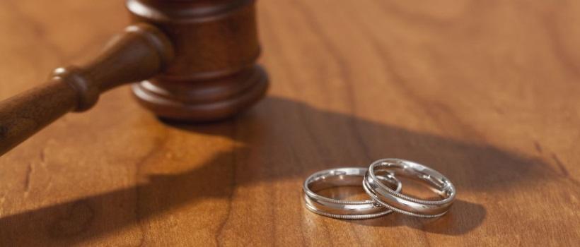 В Казахстане намерены отменить заочные разводы и расторжение брака через ЦОНы