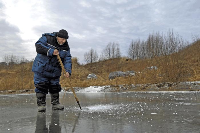 Ловля рыбы в ледостав
